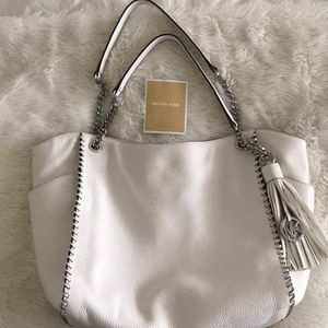 Gorgeous Michael Kors bag in perfect condition.